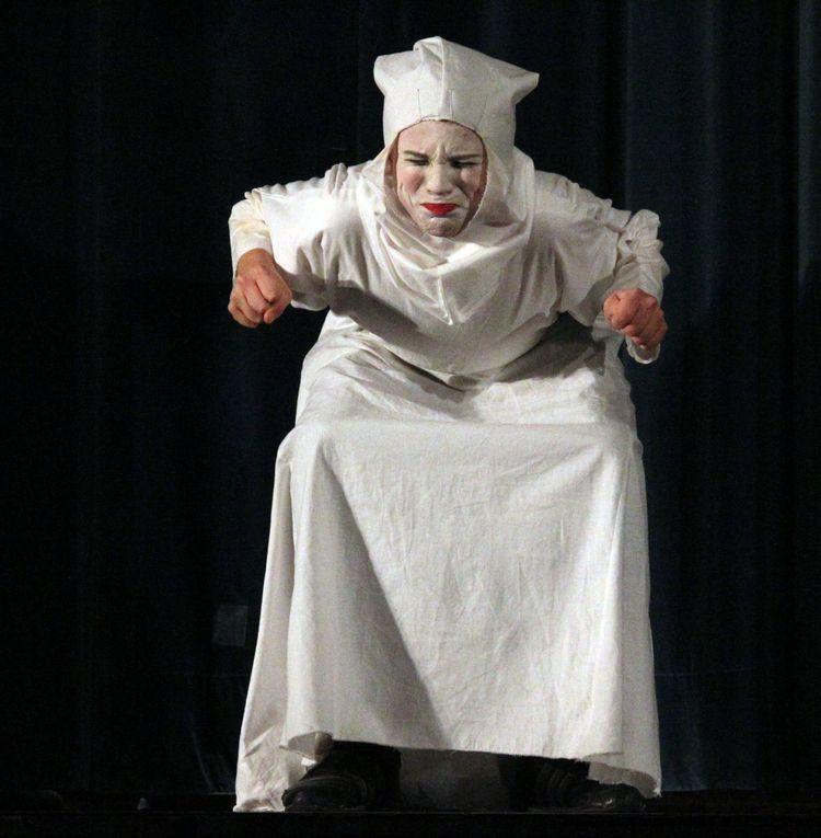 "Theater am Hofgarten verzauberte am 18. Dezember in den Mainfrankensälen mit dem Geistermärchen ""Isidor wird Nachtgespenst"""