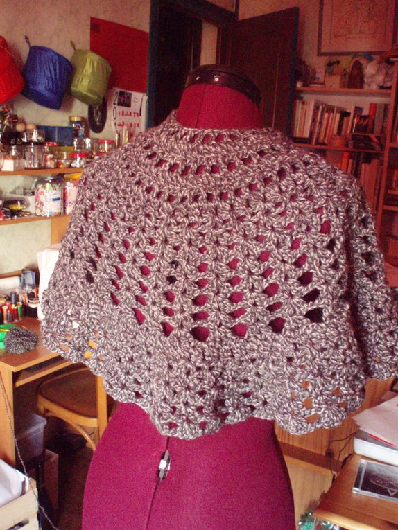 Album - Be-a-Friend-Shawl