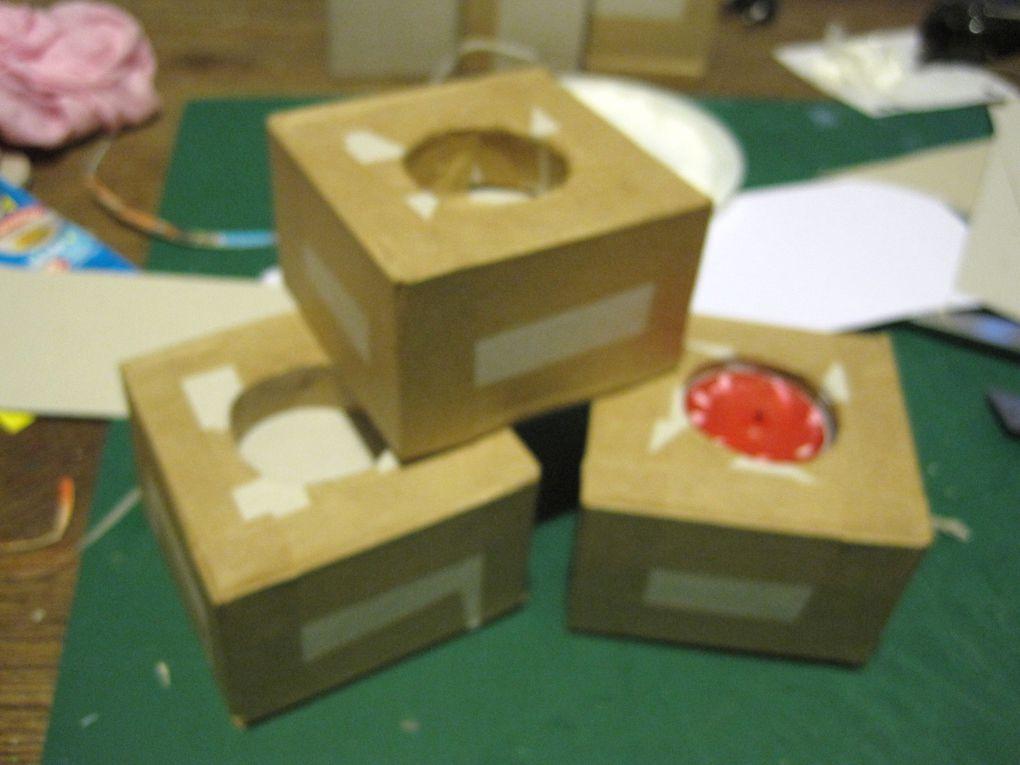 diverses boites ou cartonnage qui seront scrappés et décorés