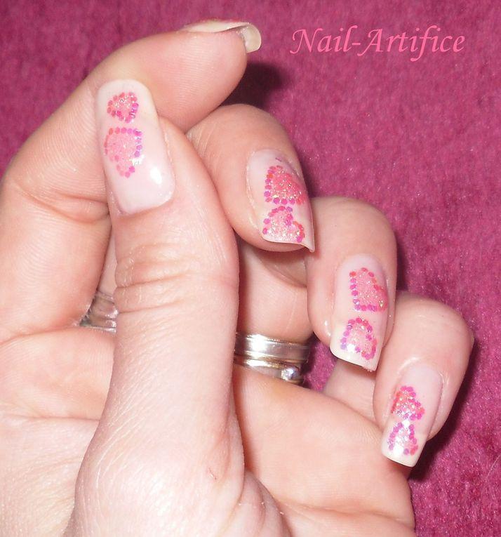 Voici les nail-art que je propose mais il y en a qui ne sont pas que de moi!Une simple reprise ou bien des améliorations...