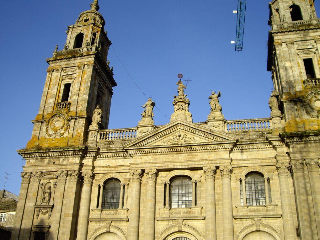 """Mars 2008. Voie jacquaire de León à Oviedo, par le """"Puerto Parajes"""".Voie jacquaire d'Oviedo à Santiago, par Lugo."""