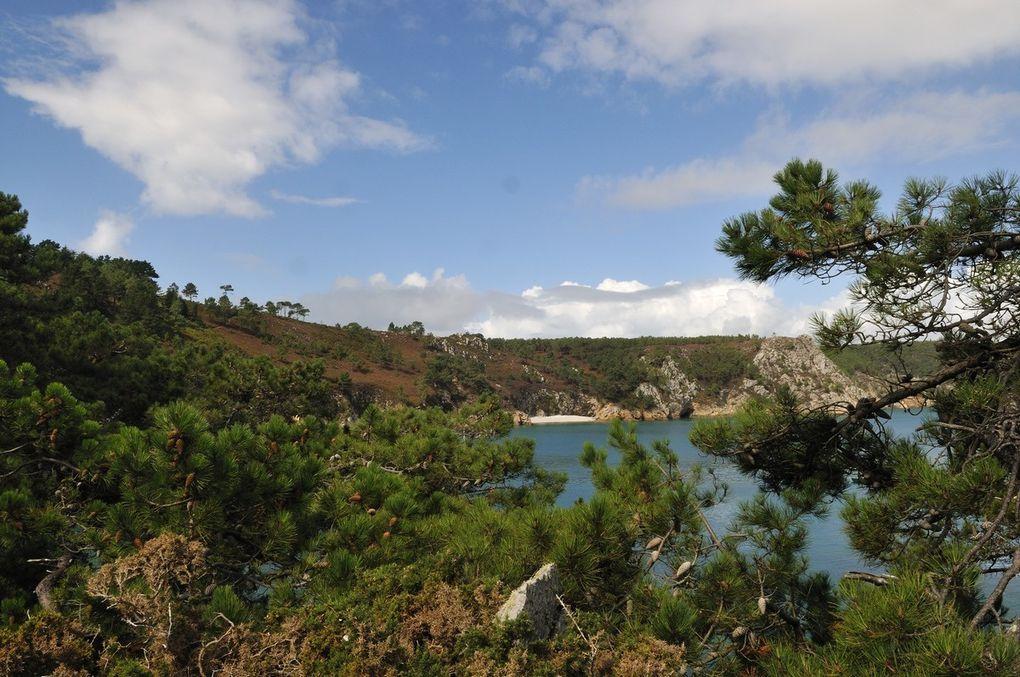 Prpmenade tout le long de la côte de la presqu'île de Crozon