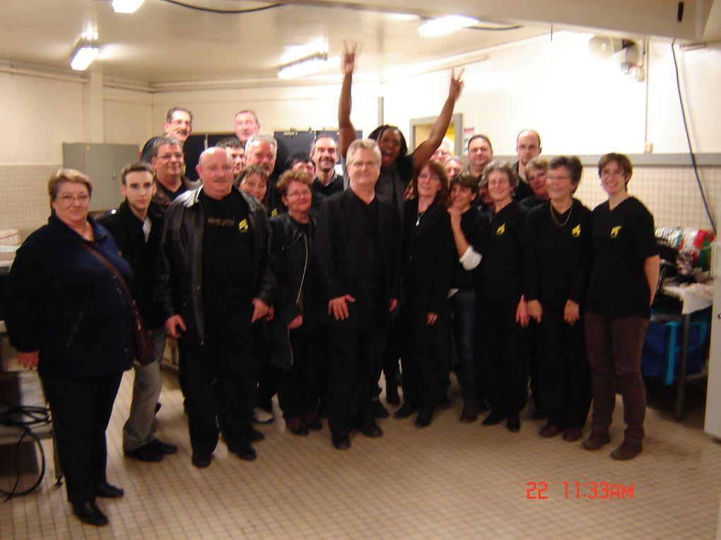 SPECTACLE D'ANTHONY KAVANAGHPALAIS D'AURON11 FEVRIER 2011