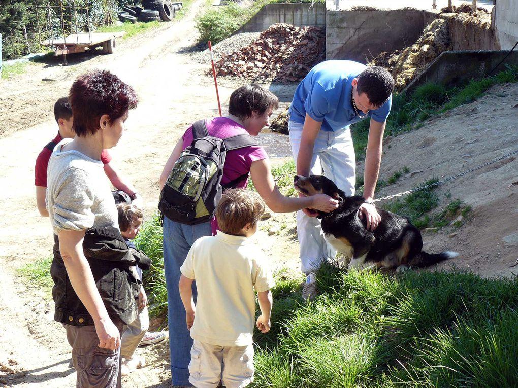 Visite de la ferme de Guillaume, notre producteur de poulet, saucissons, ...le 09/04/2011