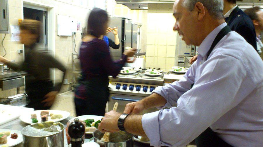 Atelier organisé dans le Restaurant Inter-entreprise de LA BANQUE POSTALE à Châlons-en-Champagne vraiment très sympa encore. Merci beaucoupEric