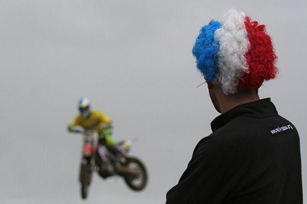 Il est passionné de photos d'animaux, ce qui ne l'empêche pas de photographier le Motocross à Saint-Jean-d'Angély. Cet album pour le remercier de ses envois