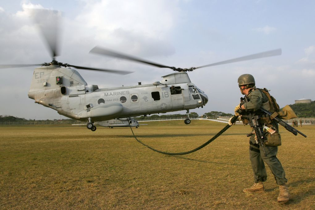 CH-46E-Helicopter