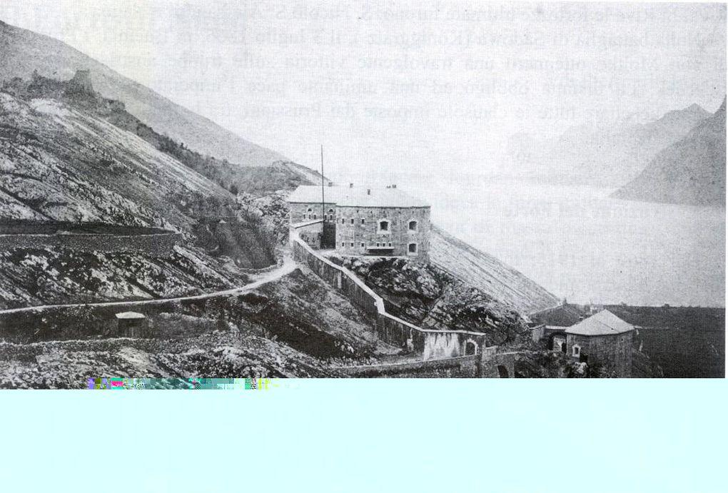 La ciclabile Mori-Torbole è un' importante ciclovia che funge da collegamento fra la Valdadige e il Lago di Garda nella sua parte più settentrionale. Tutta in territorio trentino, si raccorda alla Ciclabile del Sole che è la ciclovia per eccelle