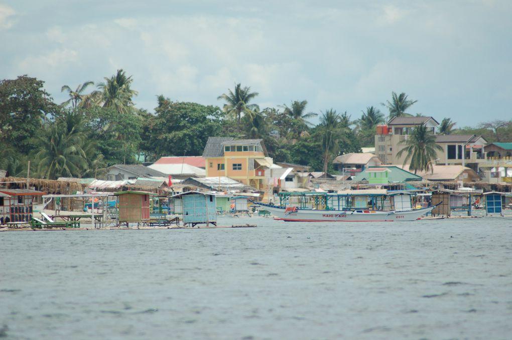 Plage de Batangas, sud est de Manille. Océane pacifique.
