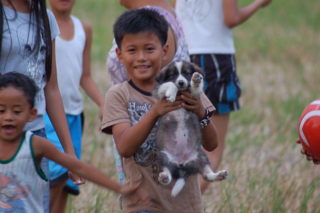 Portraits pris à la volée d'enfants. Appareil Nikon D50, Zoom 150/300 mm