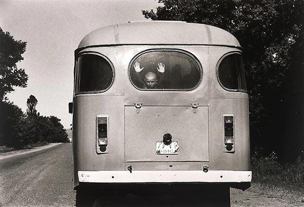 Le XXe XXe siècle vu par les maîtres de la photographie.