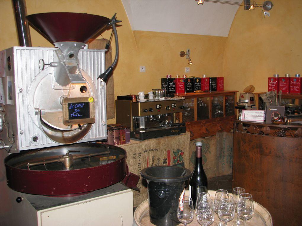 Contact Fabienne Legrand Tel 04 67 52 72 82 Mail fabienne@pechdevigne.fr Web http://www.aupetitgrain.com CAVE A VIN MONTPELLIER- BAR A CAFE- TORREFACTION