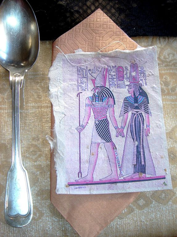 Album - table-tresors-egyptiens