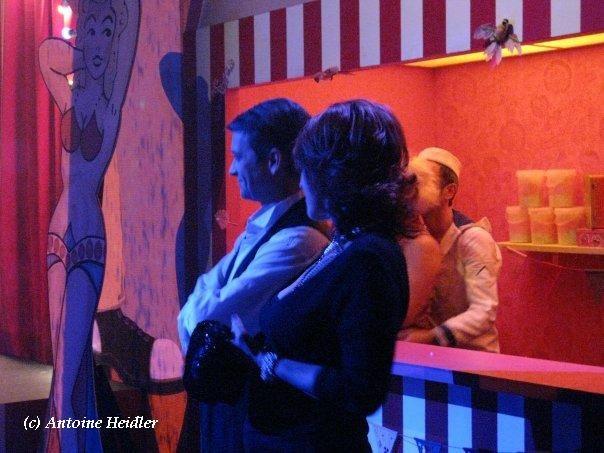 Gentry de Paris Revue au Casino de Paris avec Dita von Teese.Septembre 2009.