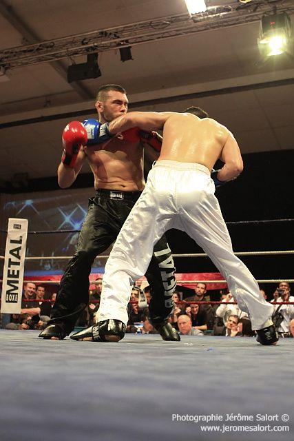 Boxe in défi XIIIFinale du tournoi des -86Kg (4x2)Jean-Luc BENOIT vs Mickael LOPEZ