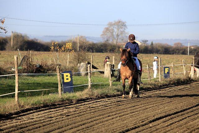 Concours de dressage au poney club de Léguevin le 11 déc 2011