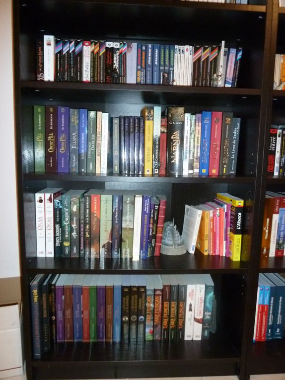 Des photos de mes bibliothèques =)