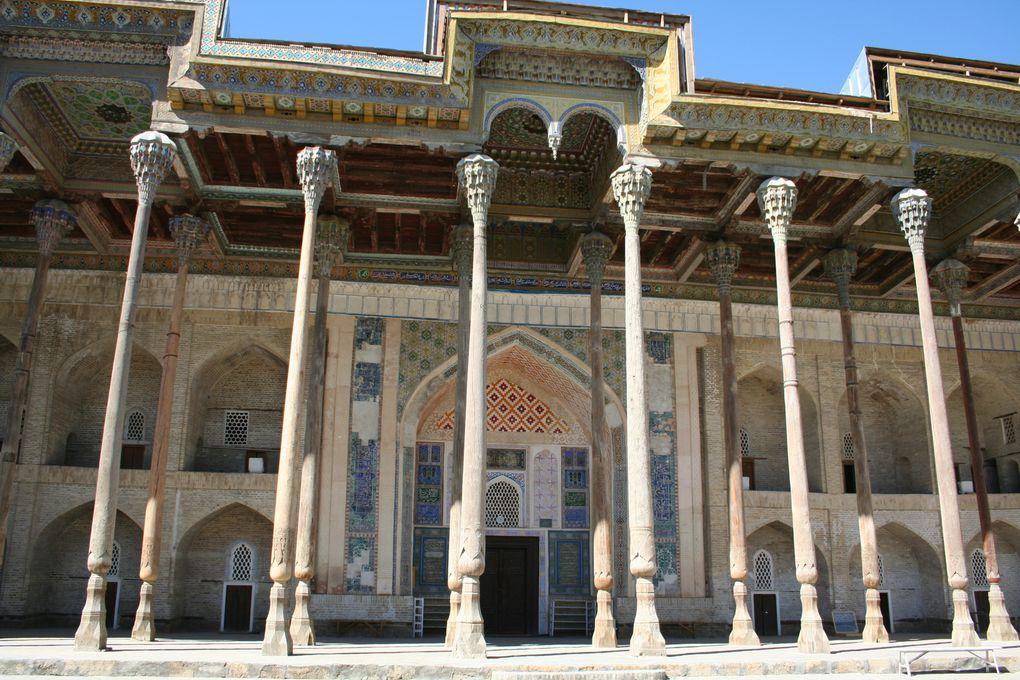 """Photographies : Patrick Ringgenberg.Pour plus de détail sur les images, consulter l'article """"Boukhara, ville de culture persane"""""""