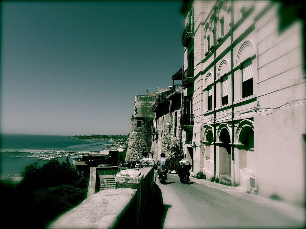 Voyage dans l'Ouest de la Sicile en Avril 2012. Des Oliviers centenaires et des temples grecs de toute beauté !