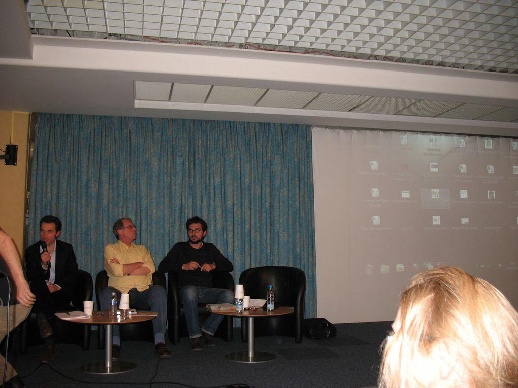 Conférence-débat organisée par Virage Energie : Du nucléaire aux renouvelables, c'est en marche. Et en Nord Pas-de-Calais ? Soutenu par 15 assos dont Attac