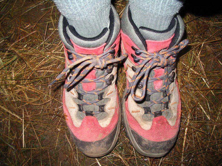A découvrir a qui appartient les pieds avec les portraits, photos particulières à bien observer....