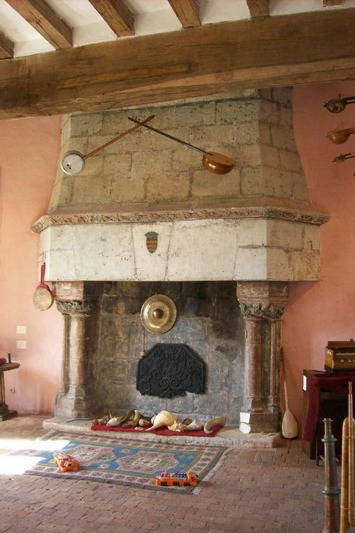 Recoiffé de neuf depuis l' incendie de juillet 2010 il a recouvré sa place parmi les châteaux du Val de Loire