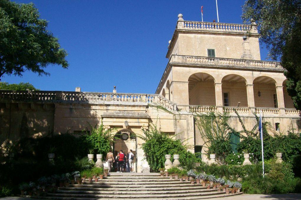 Le centre de Malte abrite l'aristocratique Mdinaet Rabat où l'on marche sur les pas de Saint Paul