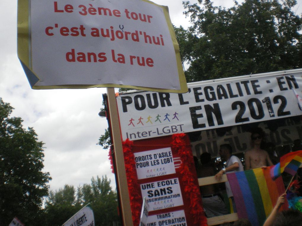 lesbian-pride-revolution