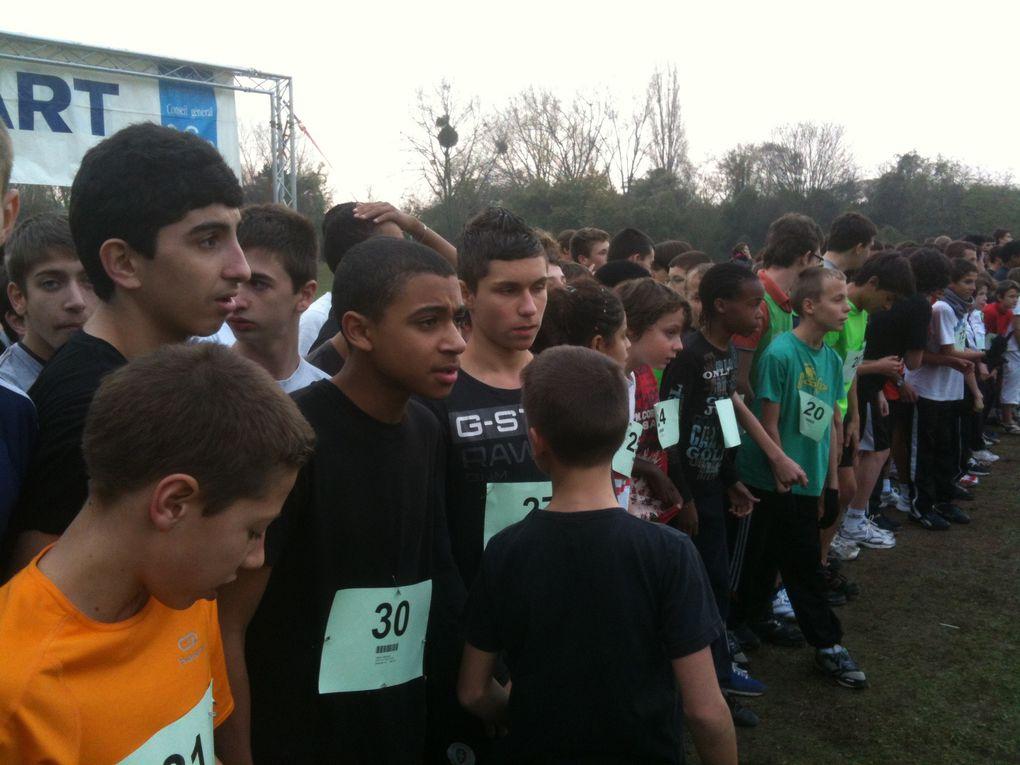 Quelques clichés de nos athlètes de l'année scolaire 2011-2012