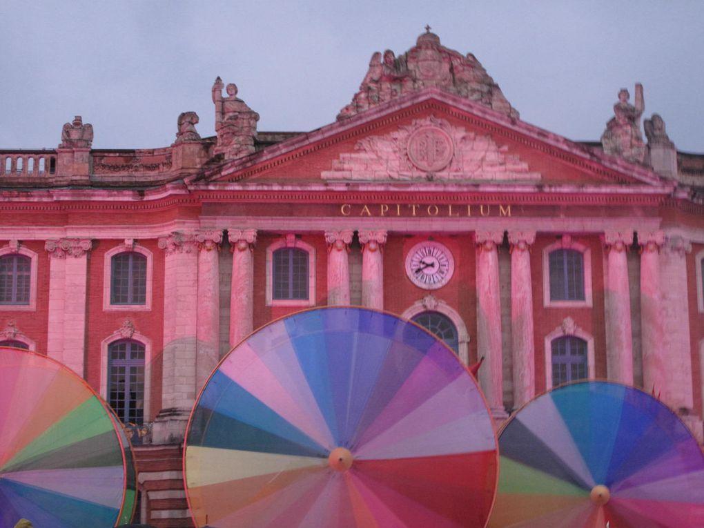 Grande parade de Toulouse en piste le 2 juin dernier avec un final somptueux place du Capitole! Retour sur un évènement toulousain haut en couleurs!