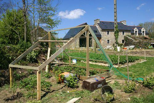 ti gwenn, c'est notre petit jardin cocon. Quelques mètres carrés de bonheur autour de la maison.