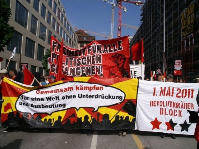 Solidarité Internationaliste avec les presxs politiques Révolutionnaires. Actes-débats avec des délégations de la plateforme pour un SRI-Secours Rouge International et des Collectifs anti-répressifs communistes et anarchistes.