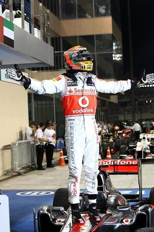 Click on this album to view the most memorable moments of the Abu Dhabi Grand Prix. Each race one of these albums is launched.
