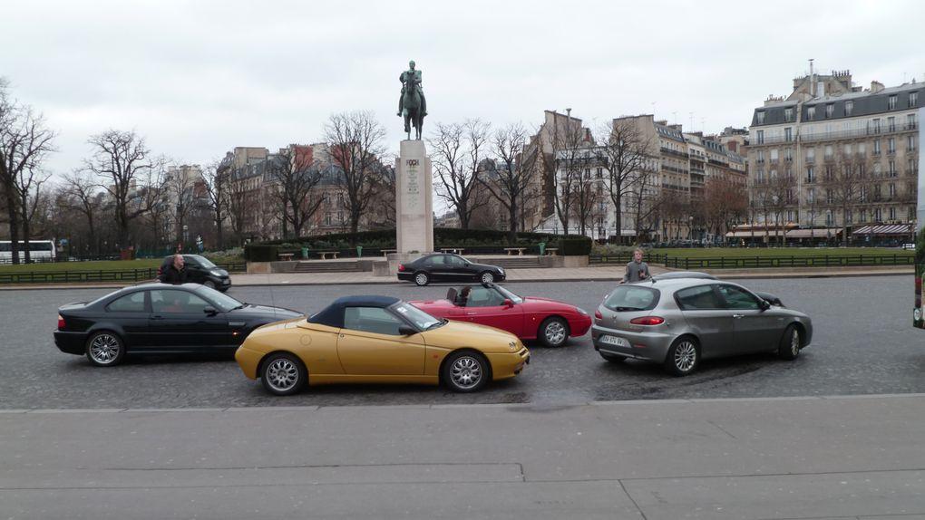 2ème sortie du club à l'occasion de Rétromobile. Visite du salon samedi et traversée de Paris le dimanche.