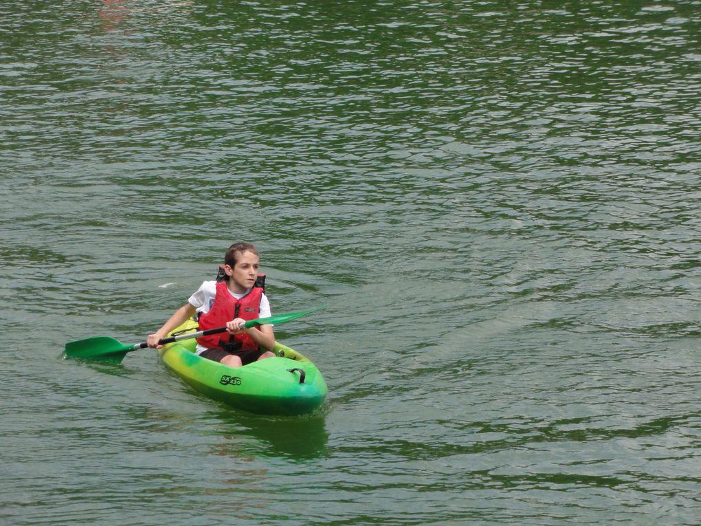Sortie kayak au lac de Besse pour préparer le raid.