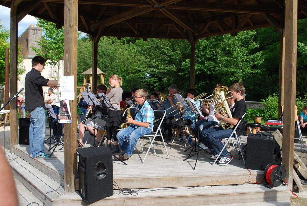 17 juin 2012 - Fête de la musique sous le kiosque à Garancières