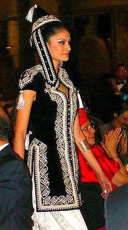 j'essaye de vous partager les habillages  traditionnelle algérien spéciale fête mariage.