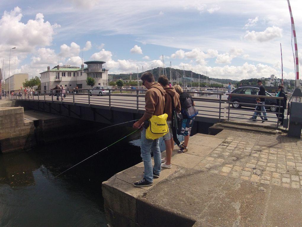 Sessions rockfishing à Cherbourg et environs avec Charlène, Ward, Jorn et les tourlaville fishing : Max et Thom !