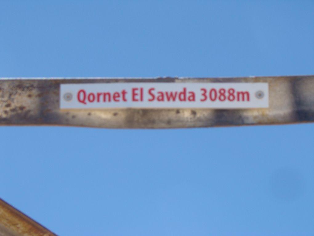 Le sommet Qornet Es Sawda a 3088 m d altitude, avec Maude et Toni, Agnes et Yann