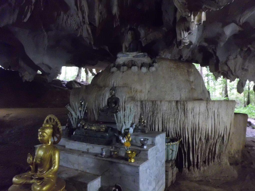 La sorprendente Krabi, città di granchi, caverne e tramonti...