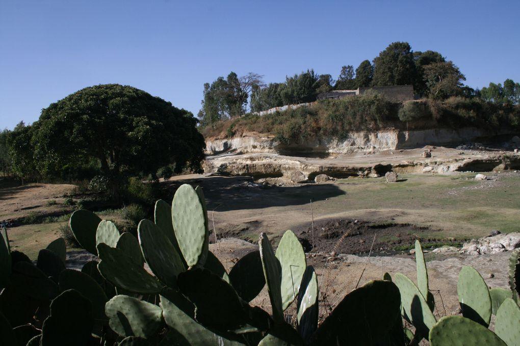 Ambo, 130 km à l'Ouest d'Addis Abeba, ville de production de l'eau minérale gazeuse naturelle du même nom.