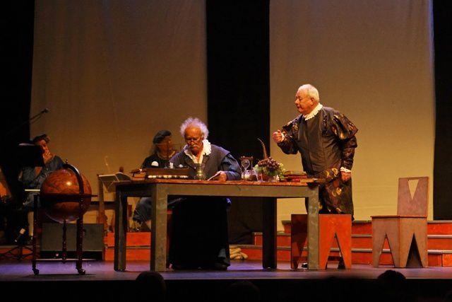 Photos prise par Jean-Michel Régent à l'occasion des représentations à Nantes, les 23 et 24 septembre 2011.