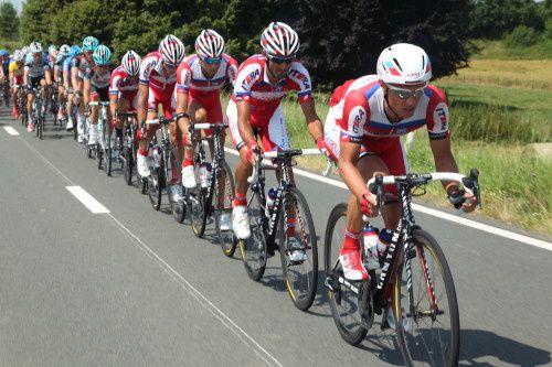 Le classement de cette 3ème étape :1. 36 VAN AVERMAET Greg BMC BMC RACING TEAM les 172,70kms en 4:14:53 (Moyenne 40,75 km/h) - 0:00:102. 147 VAN ASBROECK Tom * TSV TOPSPORT VLAANDEREN - BALOISE 4:14:53 0:00:00 0:00:063. 105 DRUCKER Jean-Pie