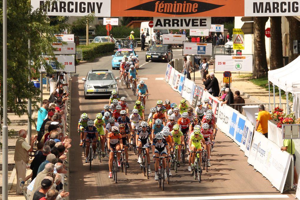 Crédit-Photos de Jean-Marc Hecquet (VéloRacingNews.com)Iris Slappendel (Pays-Bas) remporte la 7ème et dernière étape /  Lichtenberg Hausler (Giant Shimano) rafle le classement général final de l'édition 2014...