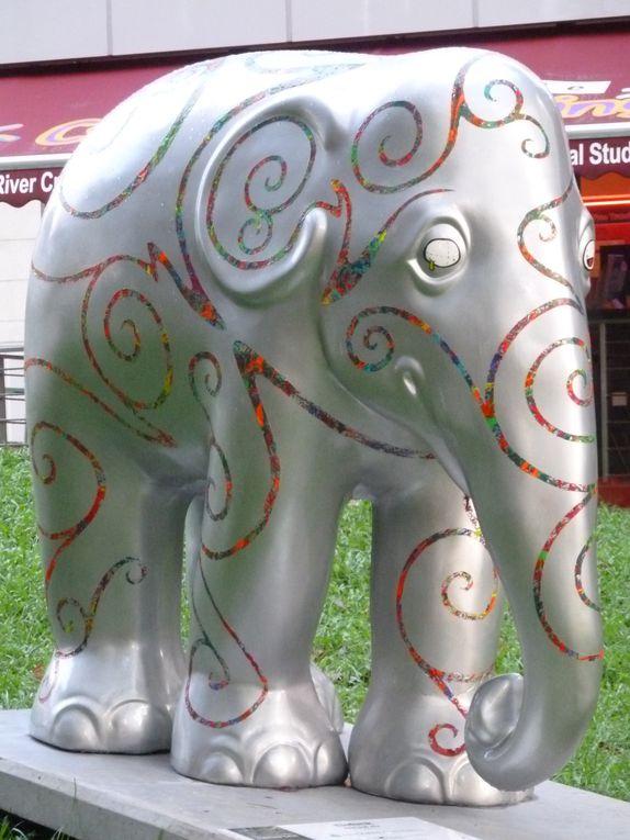 Balade sur Orchad Road au fil des Éléphants....