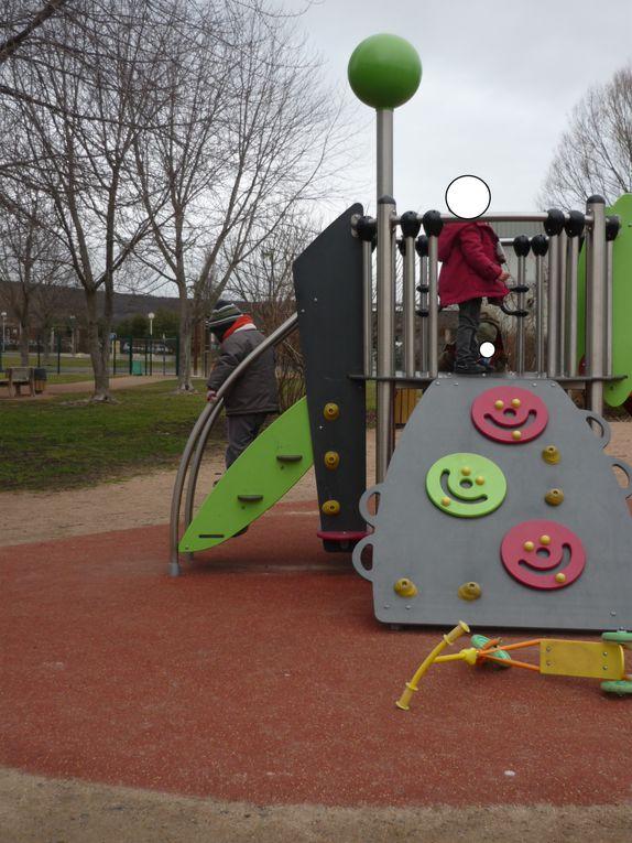 à nous les parcs de jeux pour enfants!!