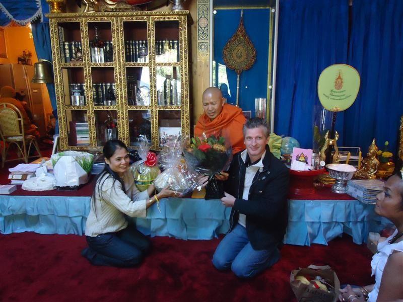Album - 11-Kathina-Thailand-Floods