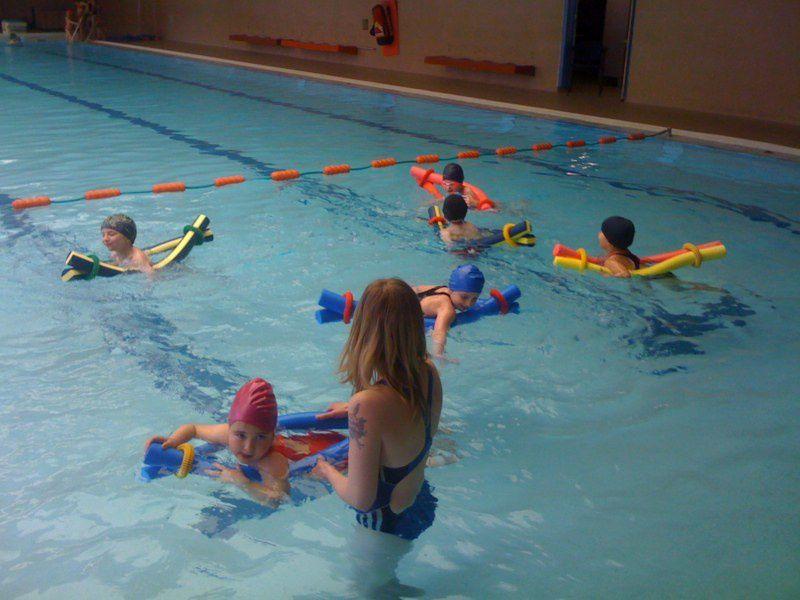 Tous les lundis après-midi, durant les mois de mars et avril, nous allons à la piscine de Hersin