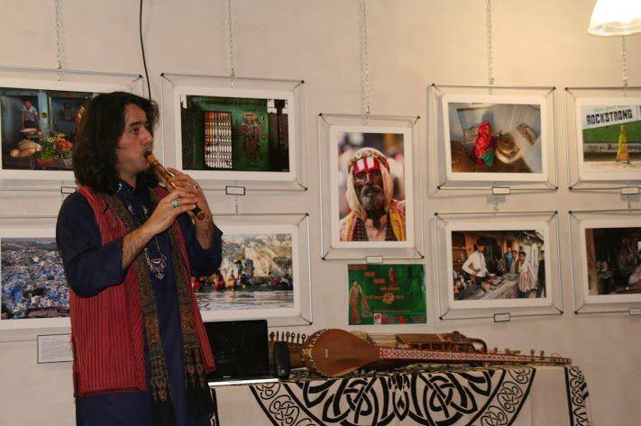 """Dans le cadre du Printemps de l'Inde: VASANTI.Les portes de L'Inde ont animé une """"Journée Indienne """" à Fontenilles et ont eu le plaisir d'accueillir et d'écouter Fady Zakar"""