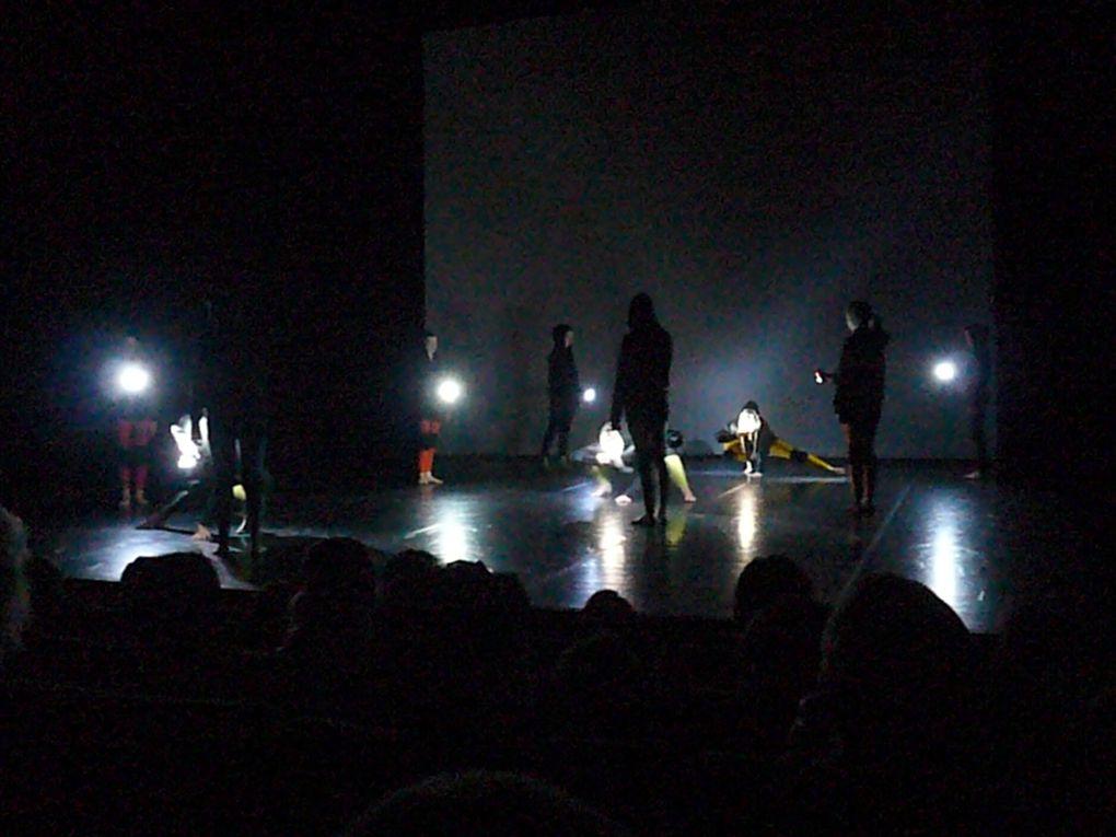 Album - Tribu danse 2012 - ''le Petit Chaperon Rouge''